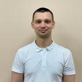 Литвиненко Роман Андреевич, массажист