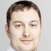 Ошмяга Александр Викторович, стоматолог-терапевт