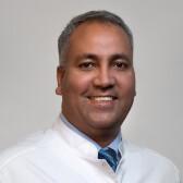 Кучай Аршед Ахмад, сосудистый хирург