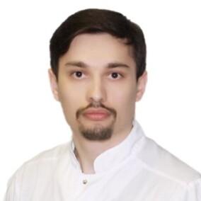 Суменов Магомед Суменович, стоматолог-терапевт