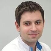 Долгушин Евгений Игоревич, стоматолог-терапевт