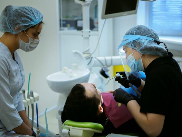 Стоматология «Стенс+» на Наумова